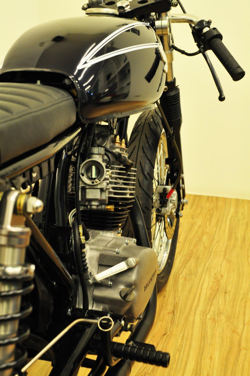 Honda CB 100 Cafe Racer title=