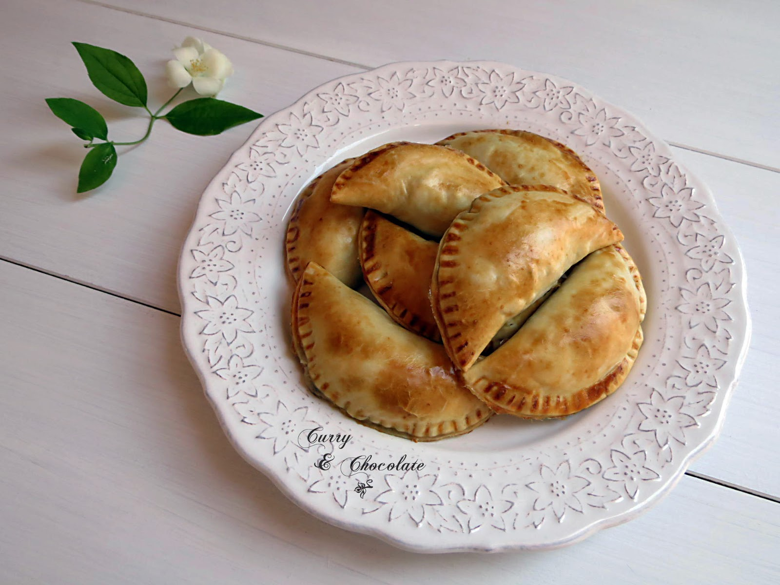 Empanadillas de setas y espárragos - Mushroom and asparagus turnovers