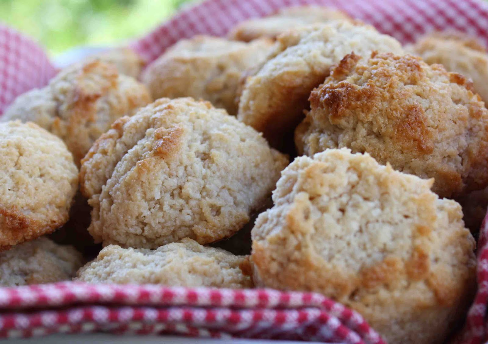 Keeley's Maine Kitchen: Golden Coconut-Peanut Butter Macaroons