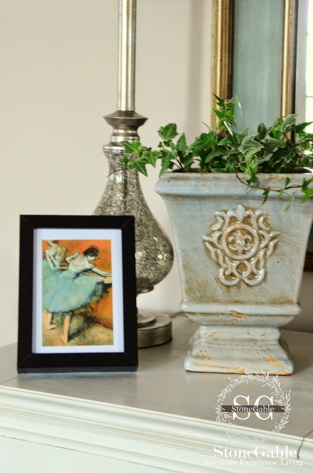 Foyer Interior Urn : Spring foyer interior design ideas for your modern home