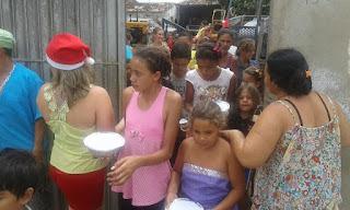 Moradora de Nova Floresta distribui há décadas marmitex para famílias carentes no Natal