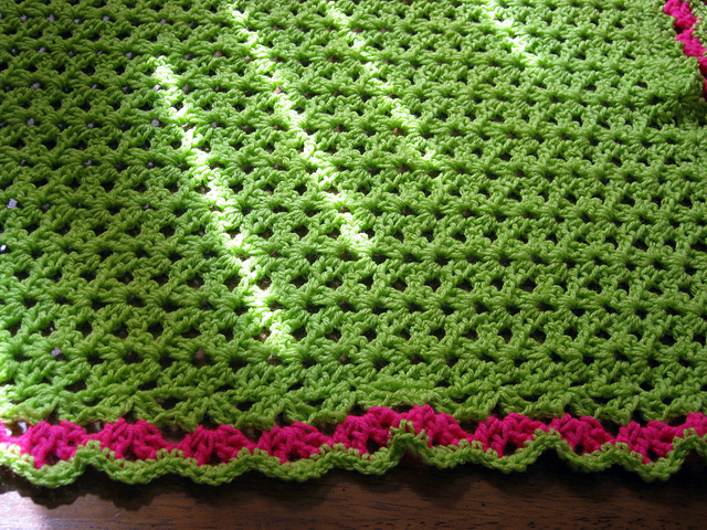 The Sunroom Uk Double V Stitch Baby Blanketcrochet Pattern