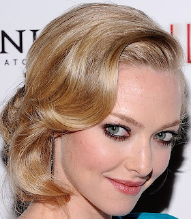 looks amanda seyfried