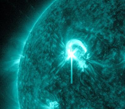 Llamarada solar clase M4.7, 09 de Mayo de 2012
