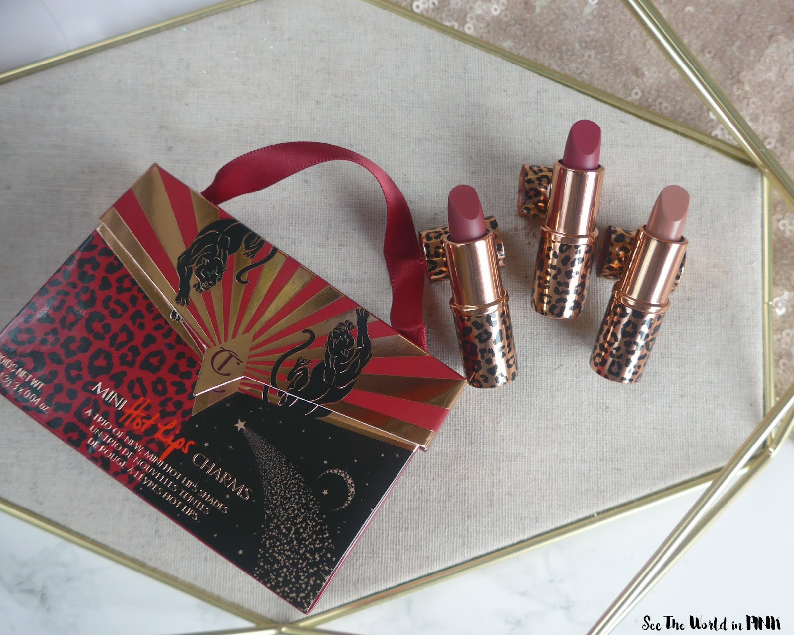Charlotte Tilbury Hot Lips 2 Mini Lip Set-色板,试戴和评论!