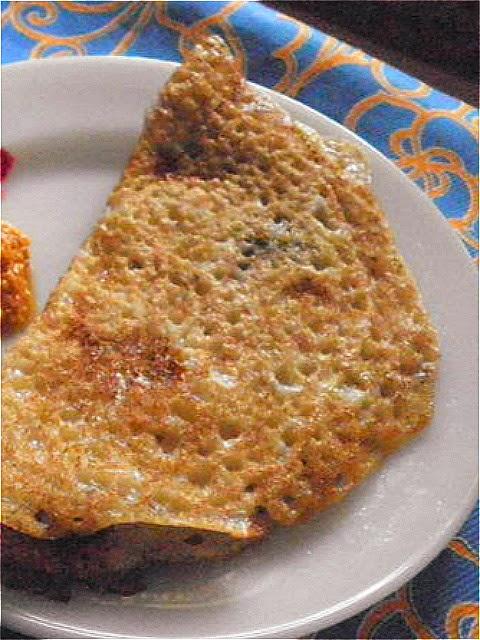 Rava Dosa Recipe @ http://treatntrick.blogspot.com