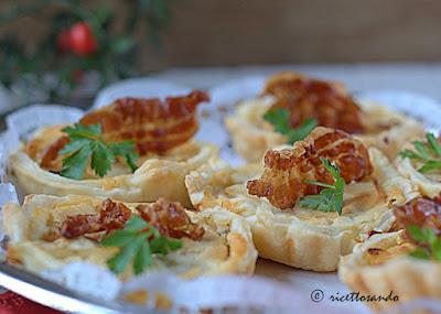 http://www.ricettosando.it/2015/12/canape-di-verdure-caramellate.html