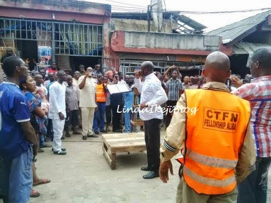 Photos: Pastor Taribo West Preaching at Alaba Market 2