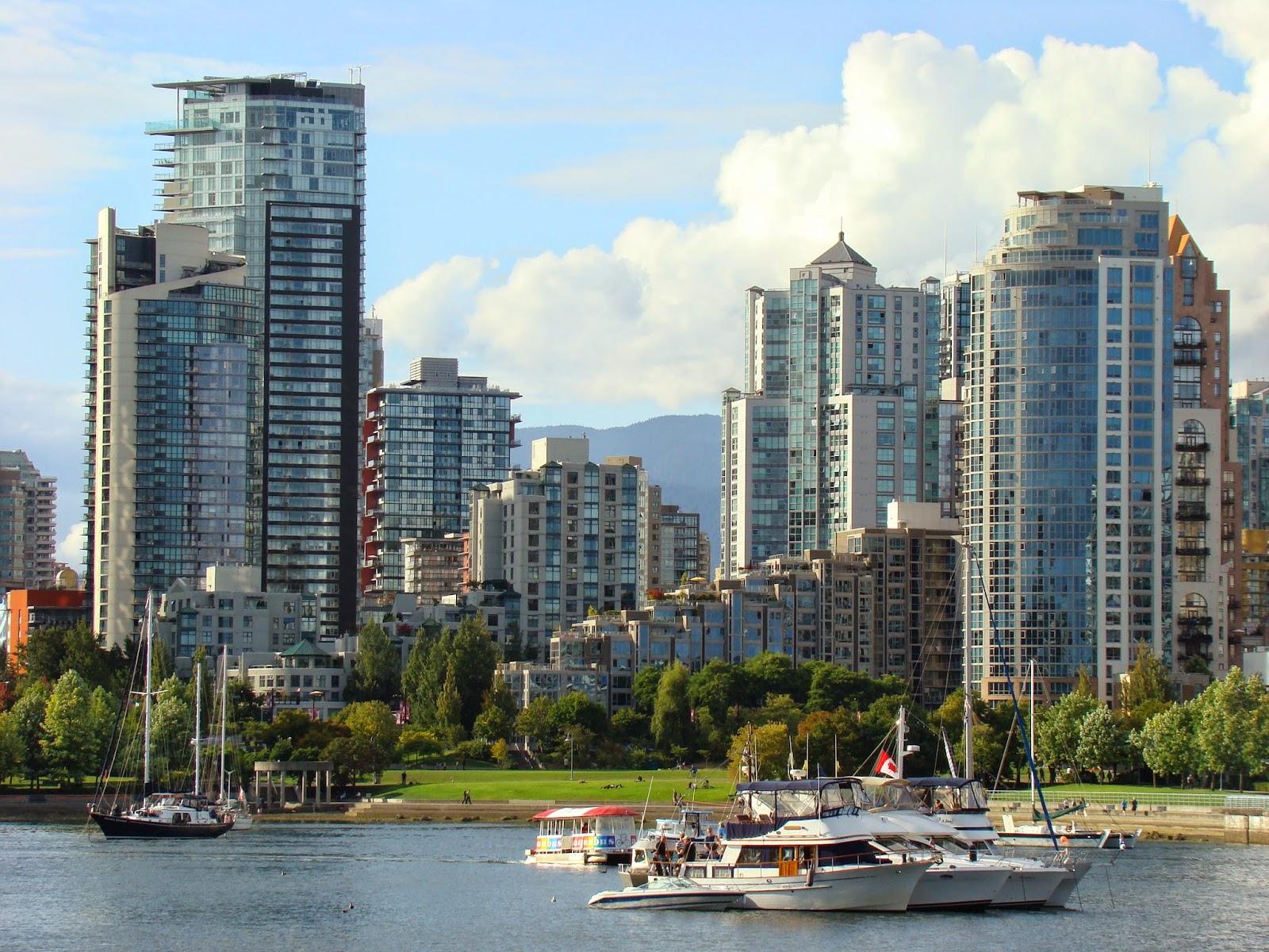 Vancouver Yaletown view from False Creek
