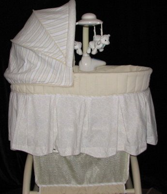 Bassinet Evenflo1