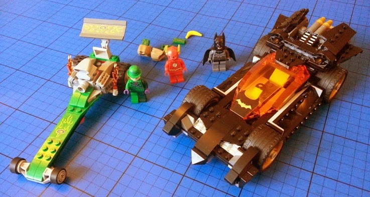 LEGO model Batmobile Riddler's Dragster