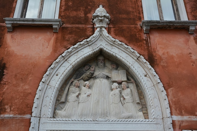 Venice General Impressions facade art