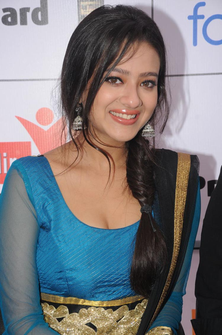Madalasa Sharma Spicy Photos in Salwar Kameez at South Event