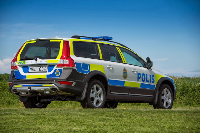 Volvo XC70 Police car liveried by the Swedish police