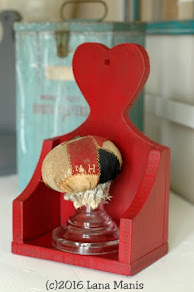 Love Token Heart Shelf - Sold!