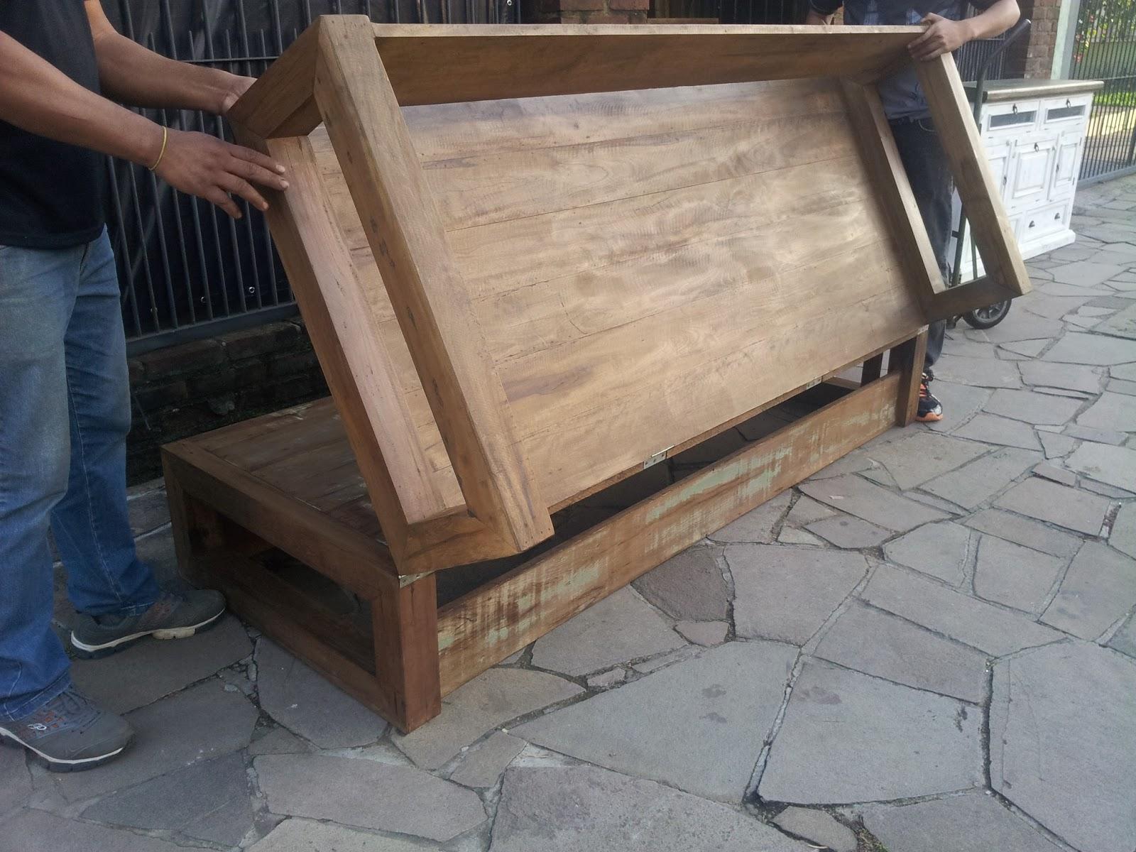 Marcio Pisoni: Sofá Cama de Madeira de Demolição #81674A 1600x1200