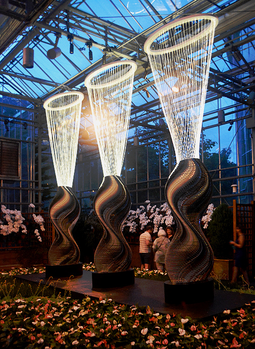 Three Degrees, Bruce Munro: Light in the Garden | Atlanta Botanical Garden