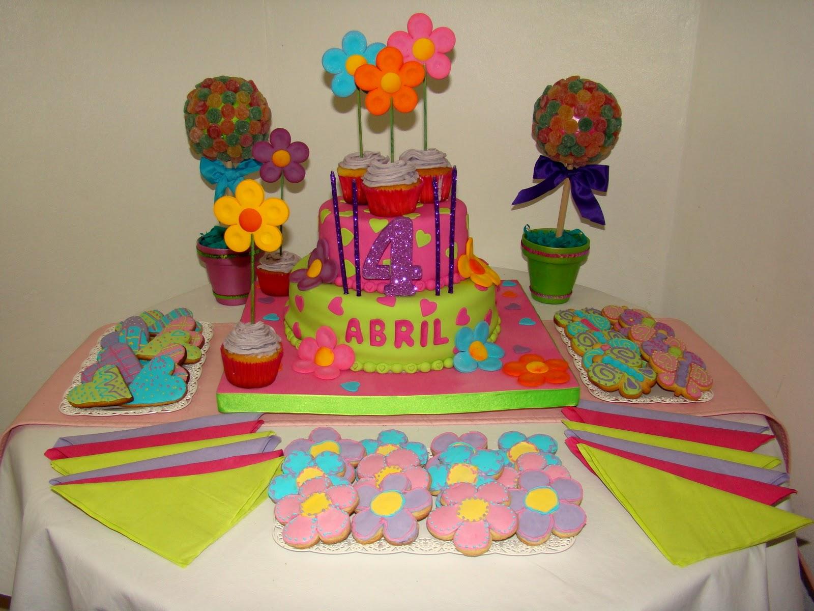 Yani Tortas: Torta Flores, Corazones y Mariposas