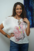 Lakshmi Manchu Latest Stylish Photos-thumbnail-11