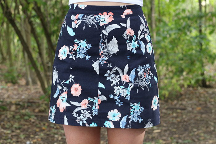 Bershka Skirt A line Fitted Floral White Bardot how to style