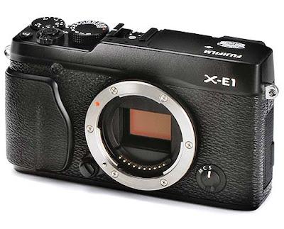 Fotografia della fotocamera mirrorless Fuji X-E1 nera