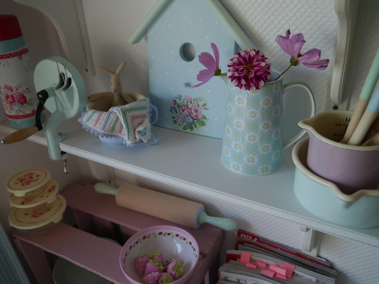 Lila lavendel kleiner deko rappel for Kleiner liegestuhl deko