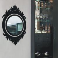 adesivos de parede como moldura de espelho
