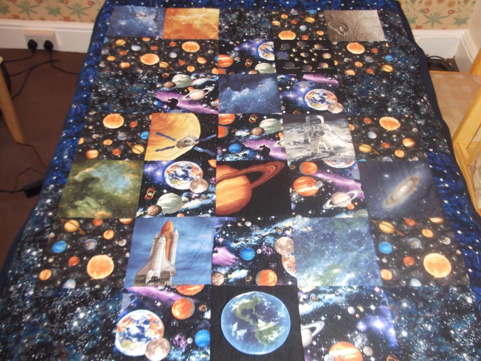 A crafty blog solar system quilt for Solar system quilt pattern