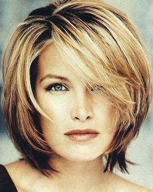 Medium Length Layered Hairstyles for Women