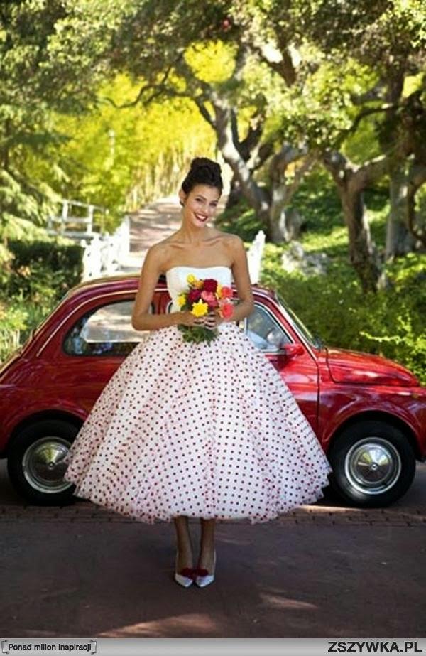 Niepoprawna Panna Młoda Kolorowe Suknie ślubne
