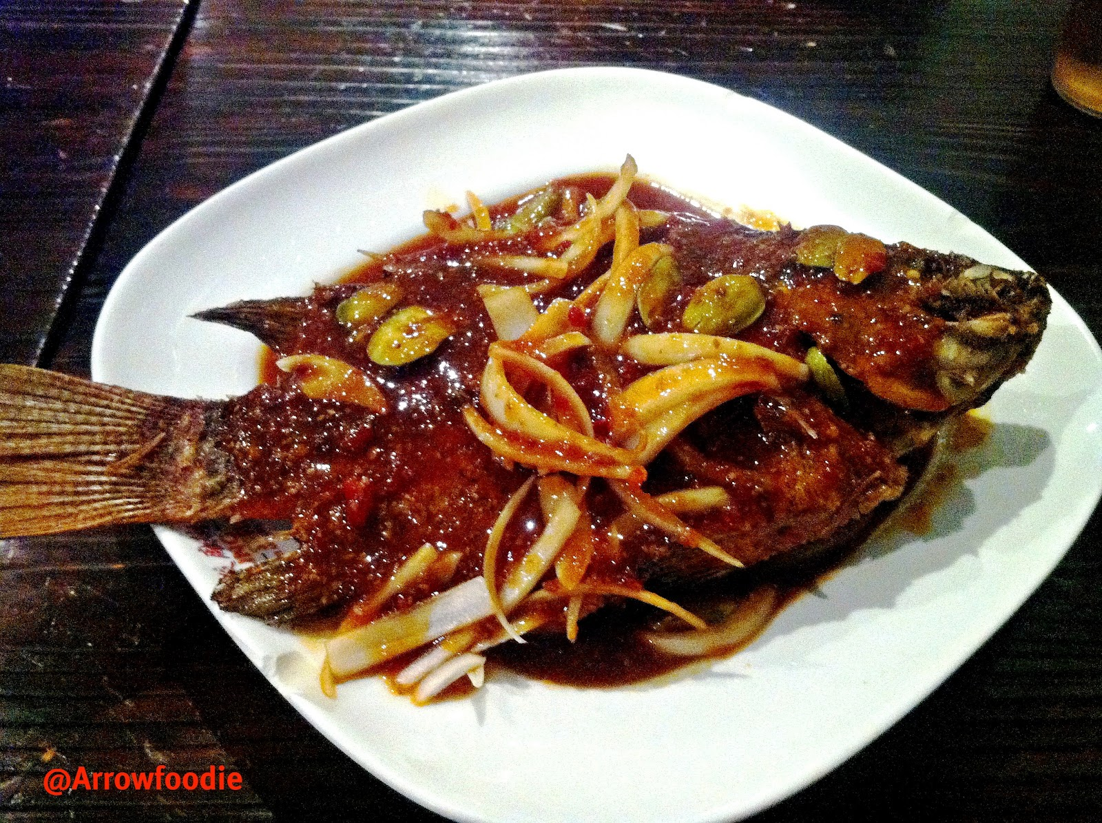 Arrow foodie review petaling street for Sauce for fried fish