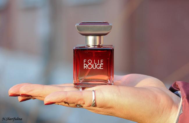 Folie Rouge Isabel Derroisne