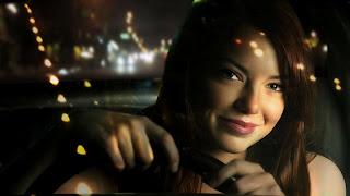 Emma Stone Driving Car HD Wallpaper