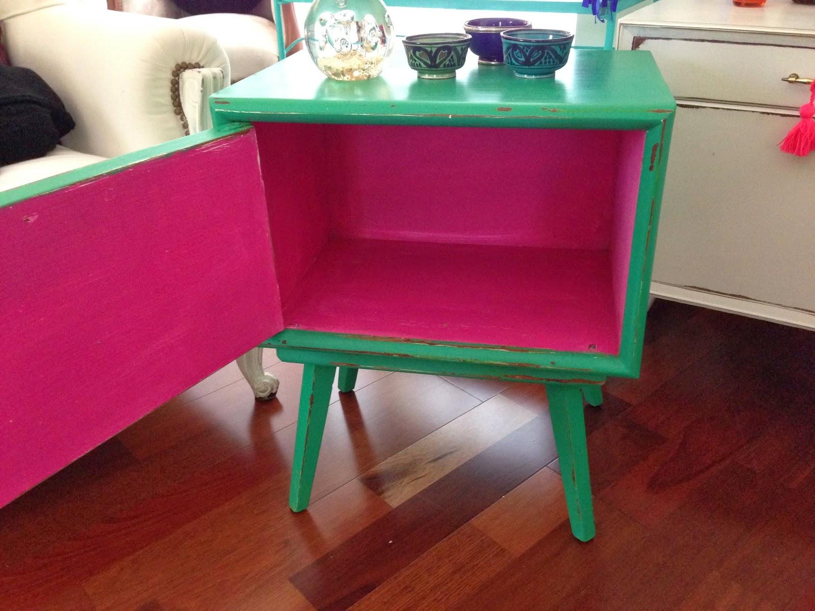 Muebles restaurados vintage obtenga ideas dise o de for Muebles on line uruguay