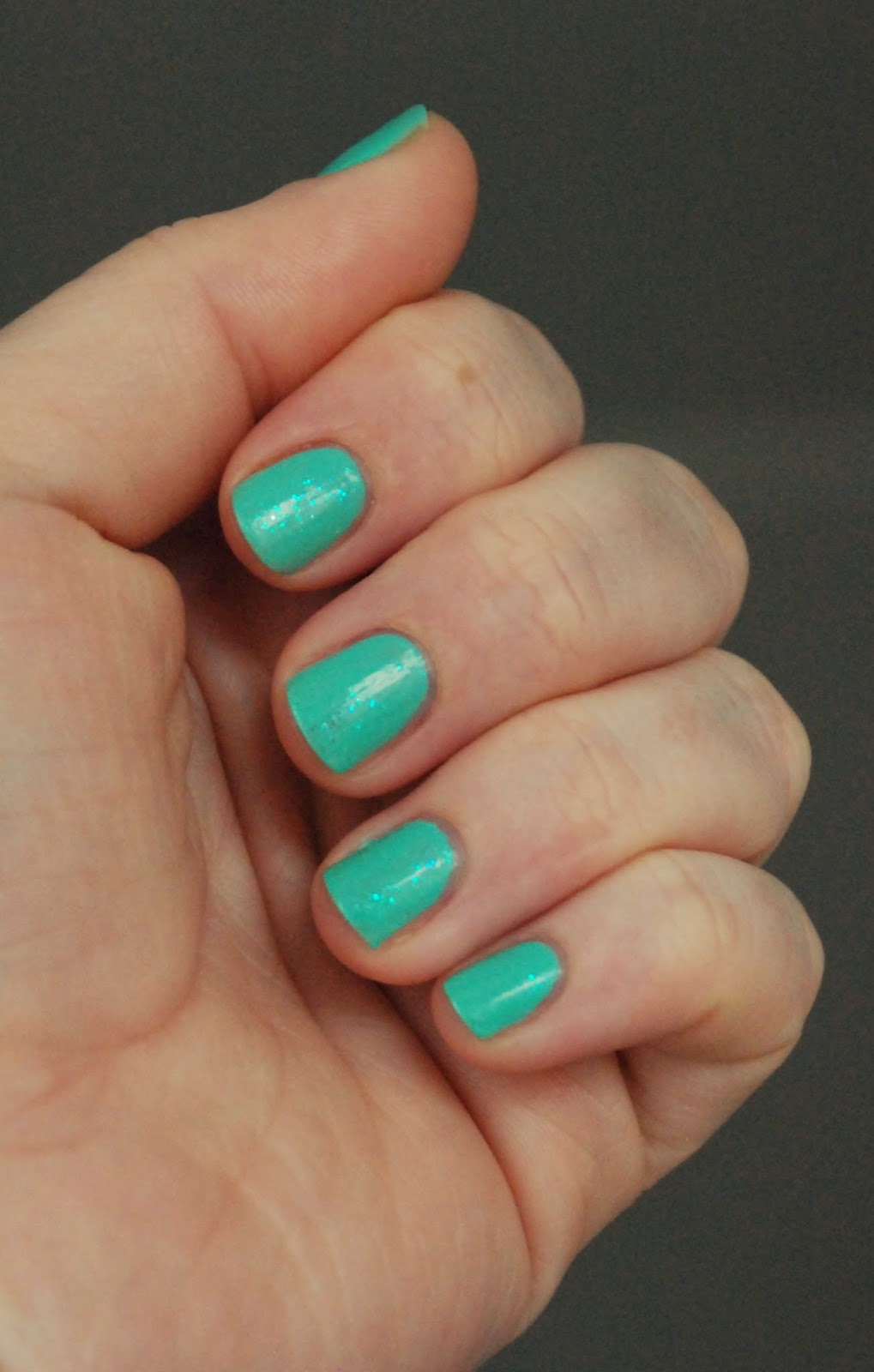 Miętusek. Kolorowe paznokcie nr 12.