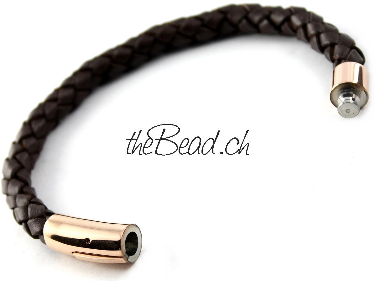 http://www.thebead.ch/product_info.php?info=p924_lederarmband-geflochten-dunkelbraun----rosegold---verschluss-gravur-moeglich.html
