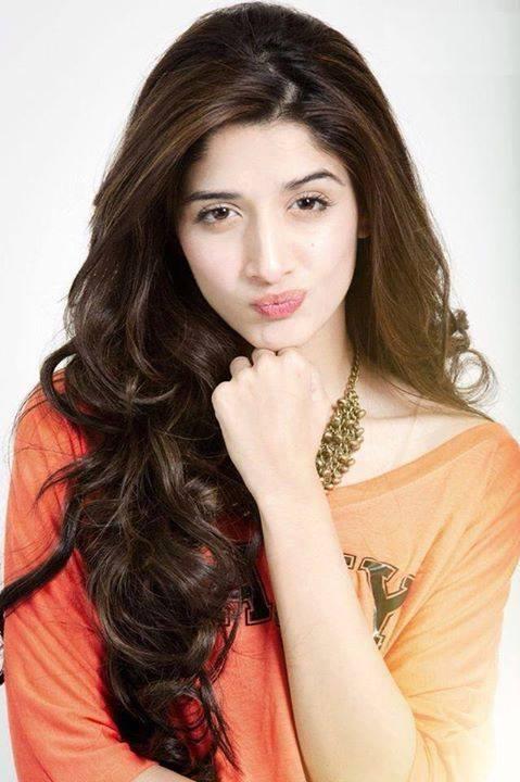 Sanam Teri Kasam Movie Fame Actress Mawra Hocane Latest