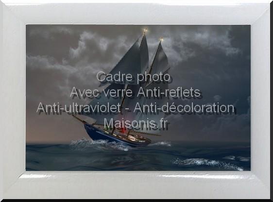 Cadre photo encadrement photo bois r sine noir et blanc - Verre anti reflet ...