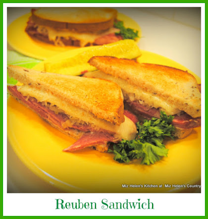 Rueben Sandwich with Nana Sauce