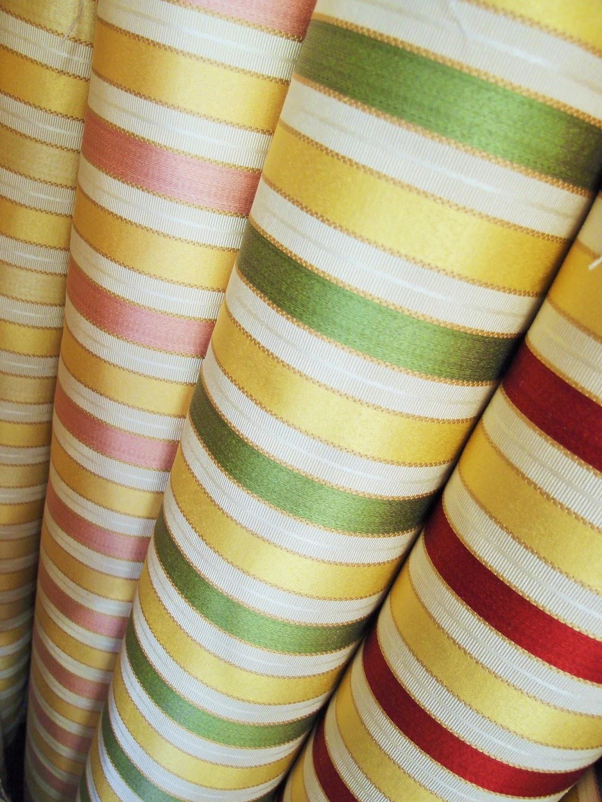 I classici... tessuti per tappezzare mobili antichi ...