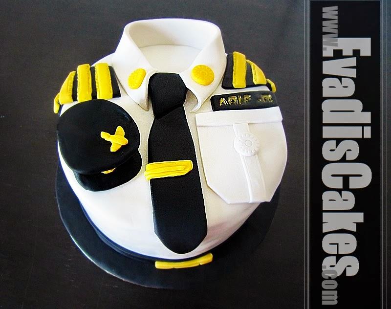 Pilot uniform cake in closer view
