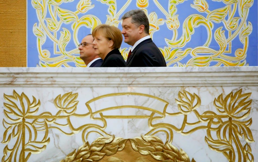 Angela Merkel, donyecki szakadárok, Kelet-Ukrajna, minszki tárgyalások, Oroszország, tűzszünet, Ukrajna, ukrán válság, Vlagyimir Putyin, kelet-ukrajnai békemegállapodás, túszcsere