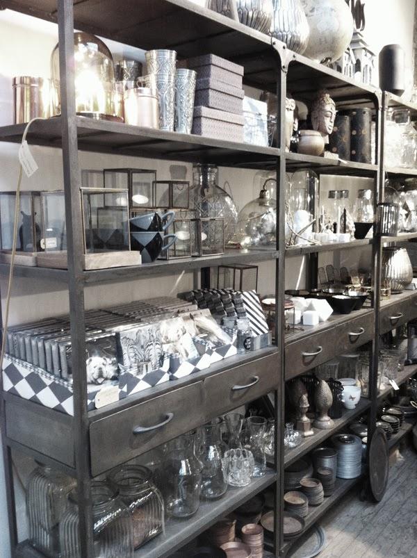 floramor & krukatös, göteborg, inredning, detaljer för inredning, tips på butik i Göteborg, blomsterbutik Göteborg, hylla av stål,