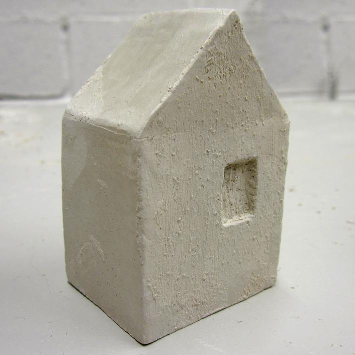 petite maison en céramique cuite - http://spicerabbits.blogspot.fr/