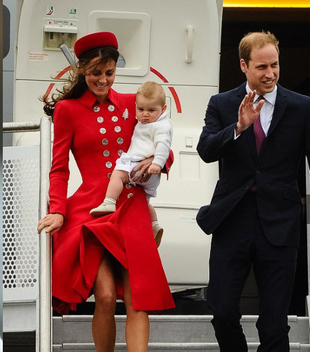 Gambar Anak Prince William and Duchess Kate