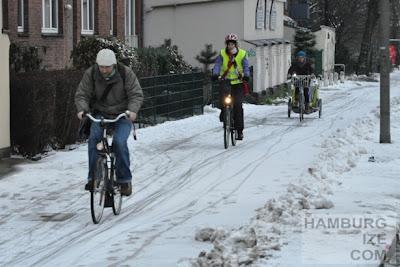 Doormannsweg - Gehwegradeln