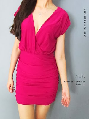 Deep V ruched dress