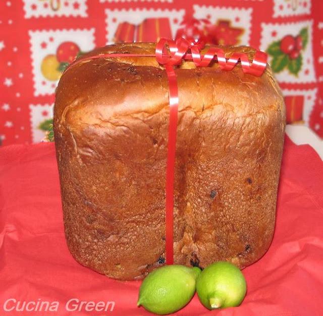 panettone con la macchina del pane