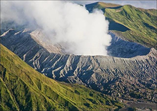 Gunung Bromo - Daftar Tempat Wisata untuk Liburan di Bromo