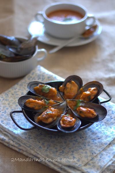 Mejillones en salsa picante y personas con denominaci n de for Cocinar mejillones en salsa